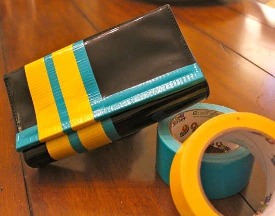 DIY Colorblock Purse | HelloGlow.co