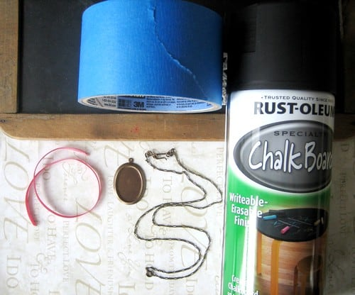 DIY Chalkboard Necklace