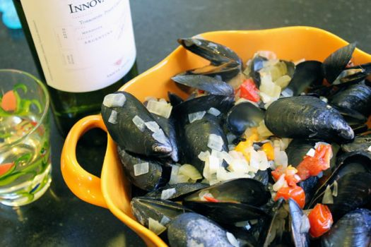 Easy Mussel Recipe | HelloGlow.co