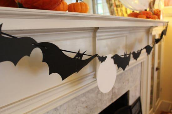 DIY Halloween Mantel | HelloGlow.co