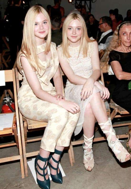 Dakota and Elle Fanning | HelloGlow.co