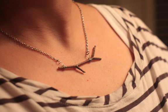 diy twig necklace