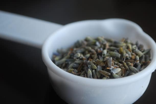 Oatmeal lavender bath soak