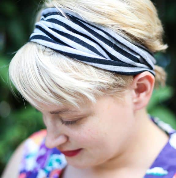 DIY T-Shirt Headband | HelloGlow.co