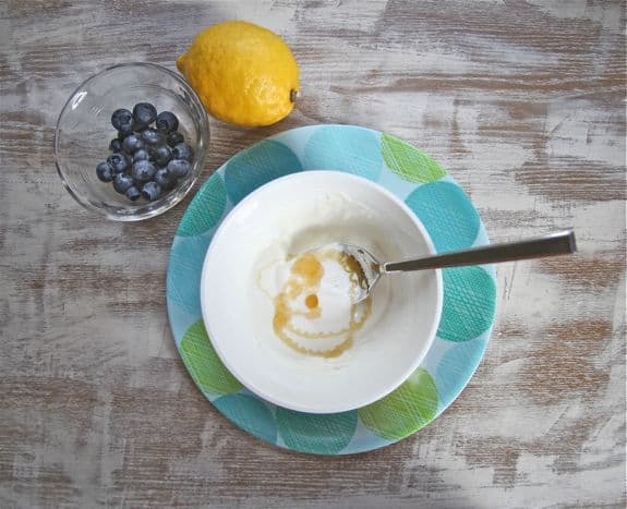 face mask with yogurt