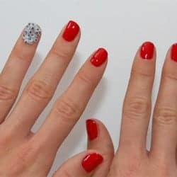 5 Pretty Manis to Help You Stop Biting Your Nails