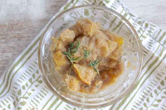 Spiced Thyme Applesauce