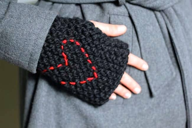 fingerless gloves knitting pattern