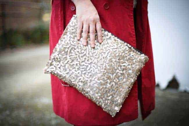 DIY Sequin Clutch | 11 DIY Bags for All Your Needs