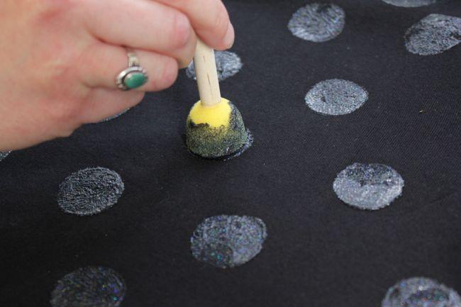 DIY Polka Dot T-shirt