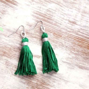 How to Make An Emerald Tassel Necklace & Earrings