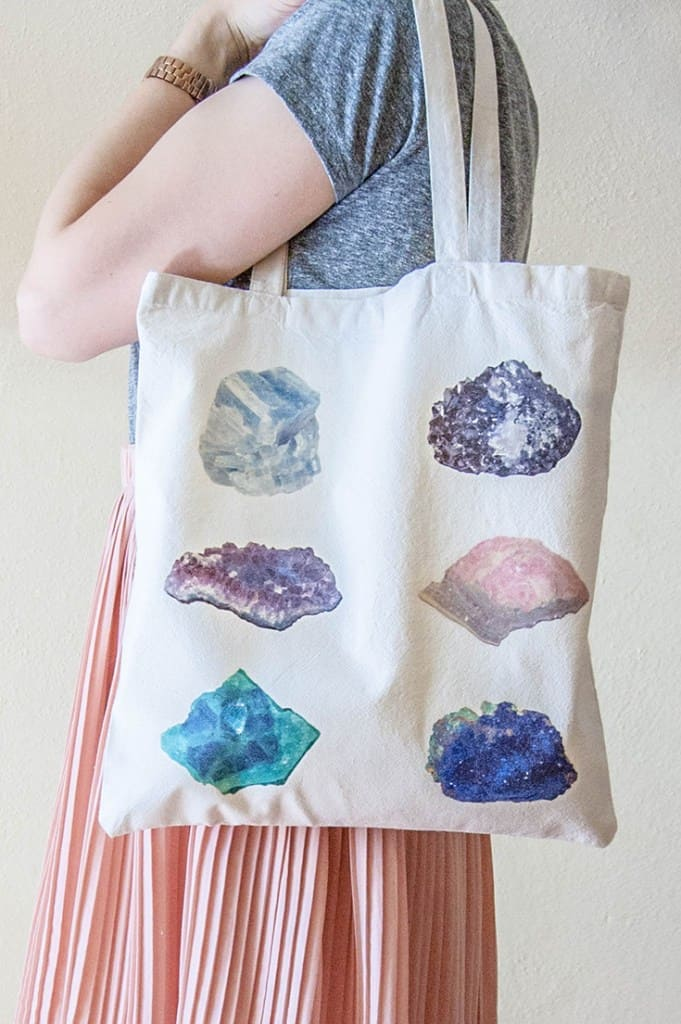 DIY Mineral Chart Tote Bag With Free Printables from DIY in PDX