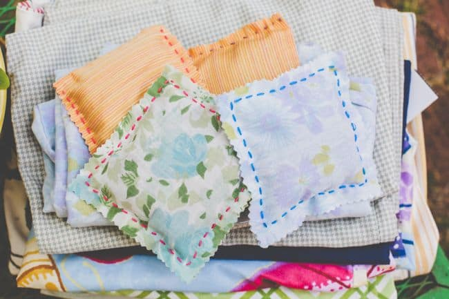 Homemade sachets with lavender | Hello Glow