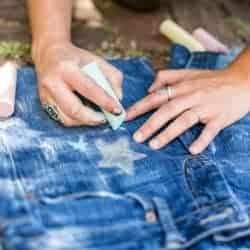 How to (temporarily) embellish jeans