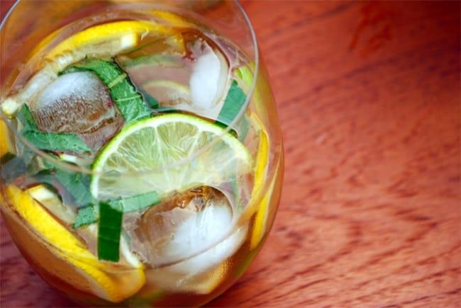 Mojito Sangria | 50 Low-Cal Cocktails
