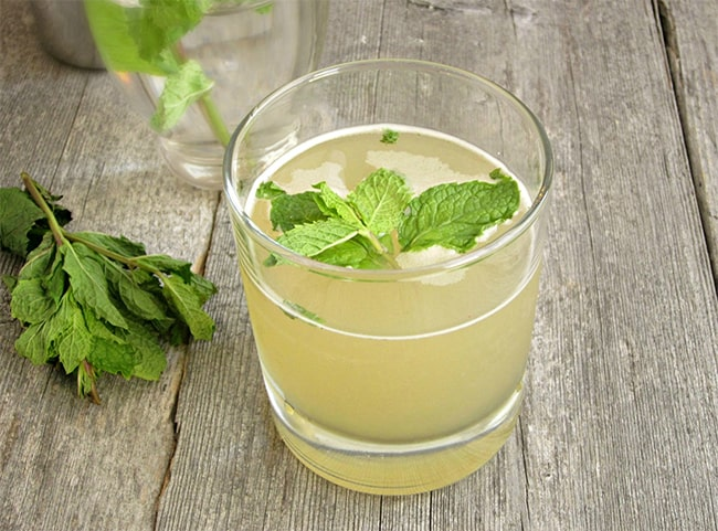 Skinny Mojito | 50 Low-Cal Cocktails