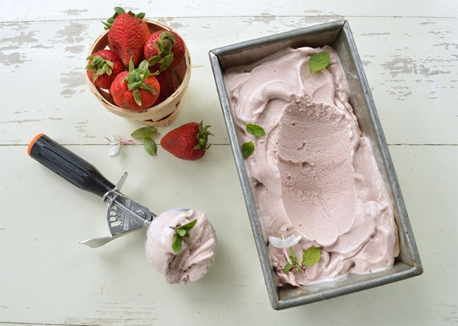50 HOMEMADE ICE CREAM RECIPES