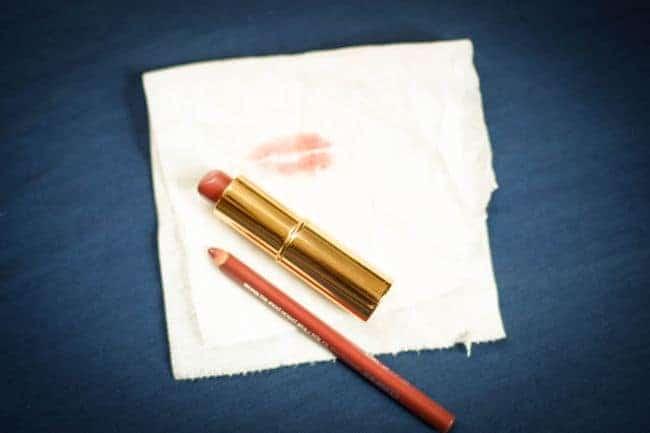 Natural Lipstick Remover