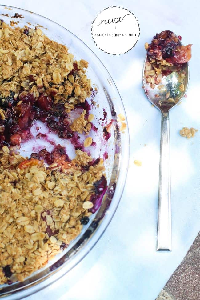 Seasonal berry crumble | Hello Glow