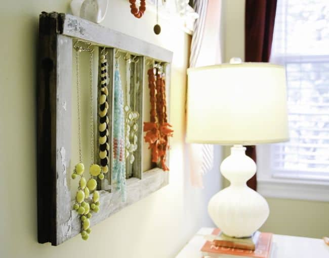 Easy Jewelry Display Tutorial | Hello Glow