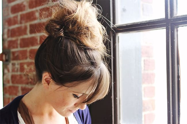 Messy Bun | 25 Easy Updos | HelloGlow.co
