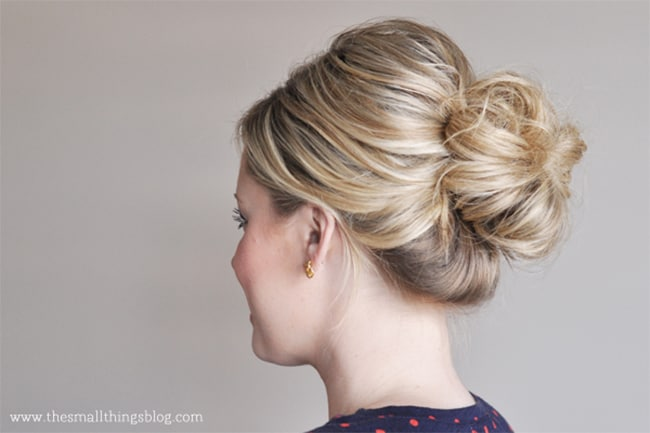 25 no fail easy updos helloglow mid knot updo 25 easy updos helloglow pmusecretfo Image collections