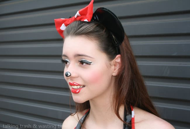 Minnie Mouse make-up | Hello Glow