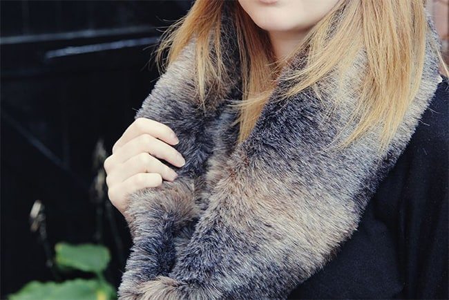 Fur cowl   Hello Glow