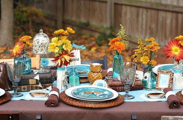 Blue & Brown Thanksgiving Table