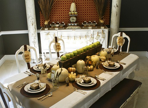 Nature-Inspired Thanksgiving Table