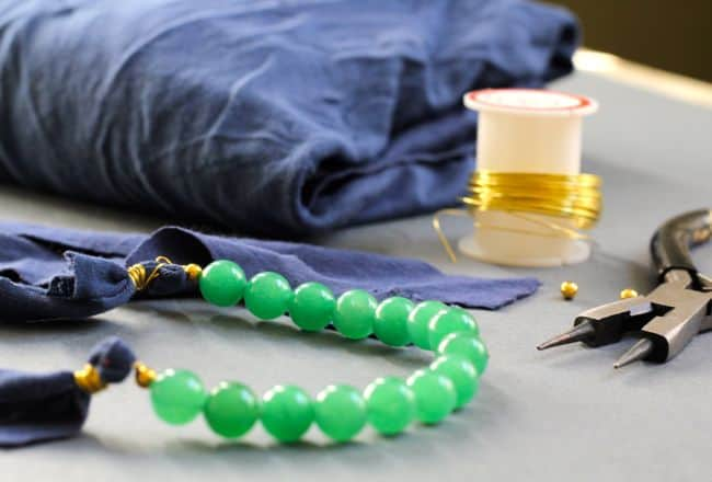 DIY the Most Versatile Necklace | Henry Happened