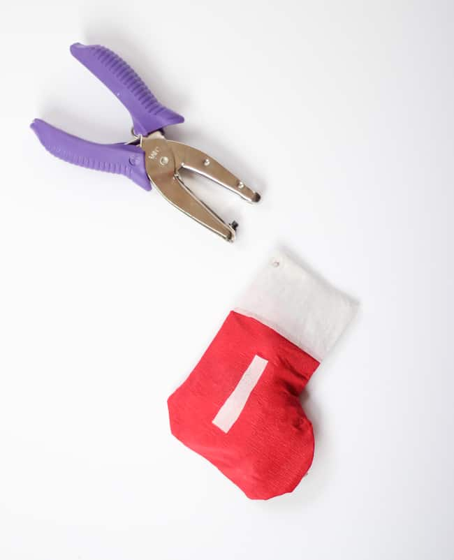 Christmas Stocking Garland | Hello Glow