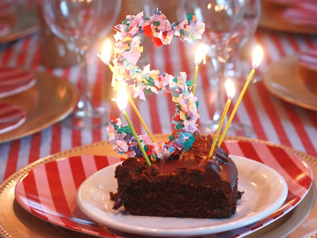 25 Creative Ways to Use Confetti cake toppers