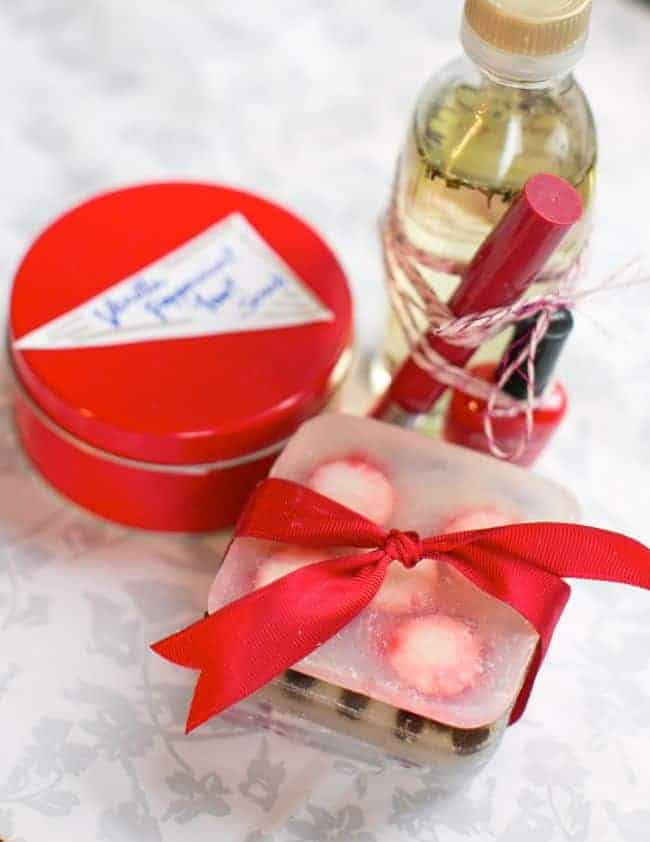 Peppermint Beauty Gift Basket | Hello Natural