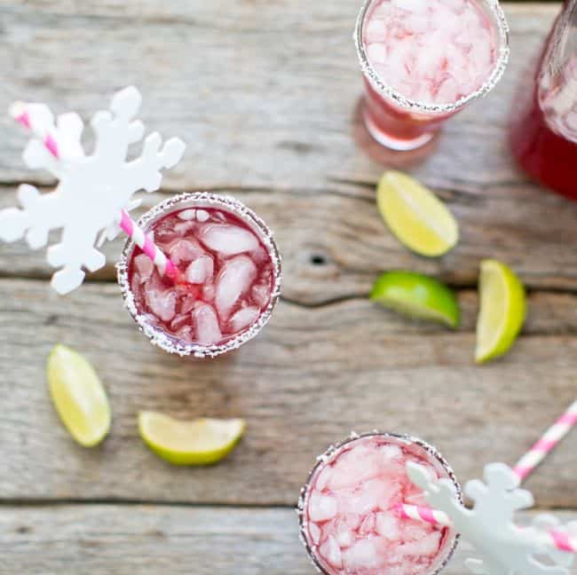 Cranberry margarita cocktail recipe | Hello Glow