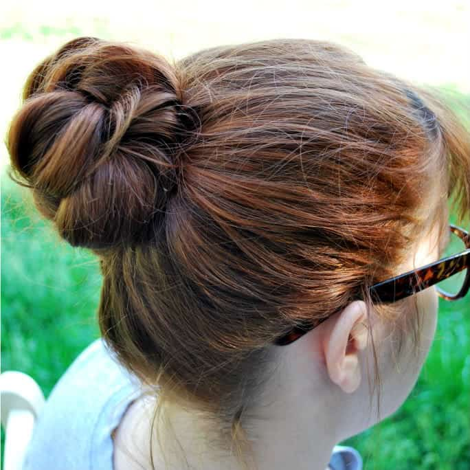 Knot-so braided bun by Oh So Pretty Diaries