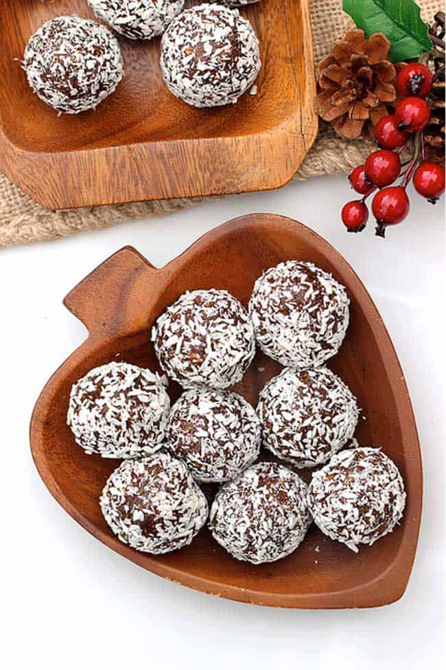 Grain-free No Bake Gingerbread Cookie Balls