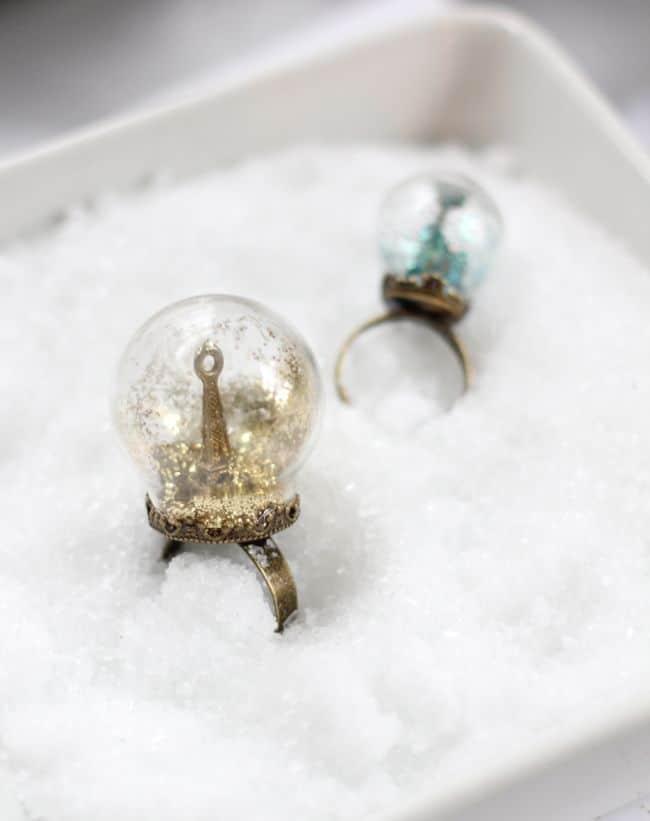 Glitter Snow Globe Ring | HelloGlow.co