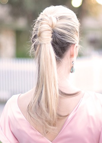 Pretty ponytail twist