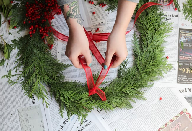 Easy Wreath with Fresh Greenery | Hello Glow