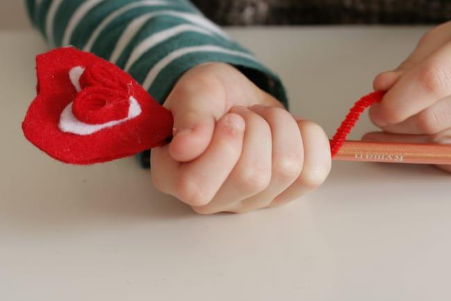 DIY Felt heart pencil topper | Henry Happened