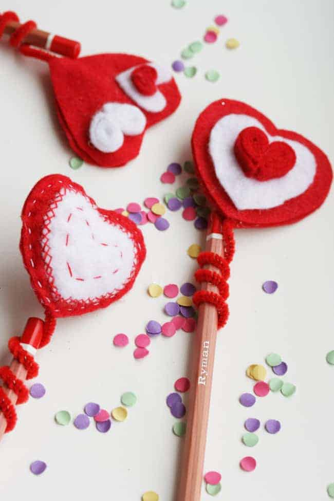 Kid Craft! DIY Felt Heart Pencil Topper | HelloGlow.co