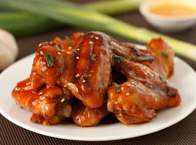 Baked Sriracha Wings | Hello Glow