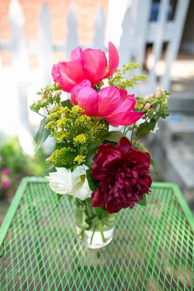 10 tips to make flowers last longer hello glow - Ways to make your flowers last longer ...