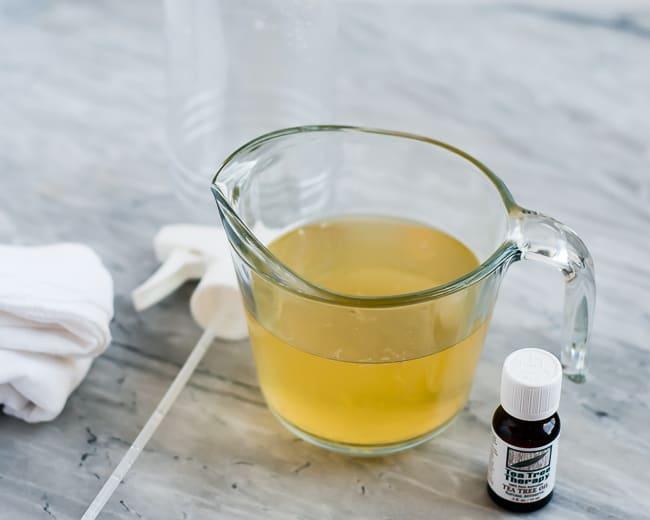 All Purpose Vinegar Cleaner | HelloGlow.co