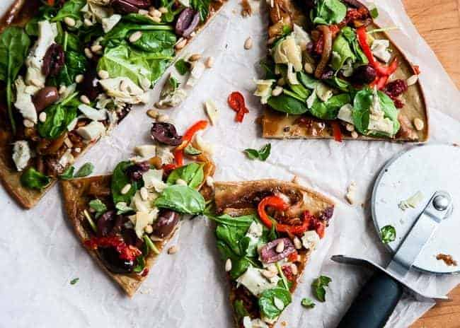 Quinoa Pizza Crust | HelloGlow.co
