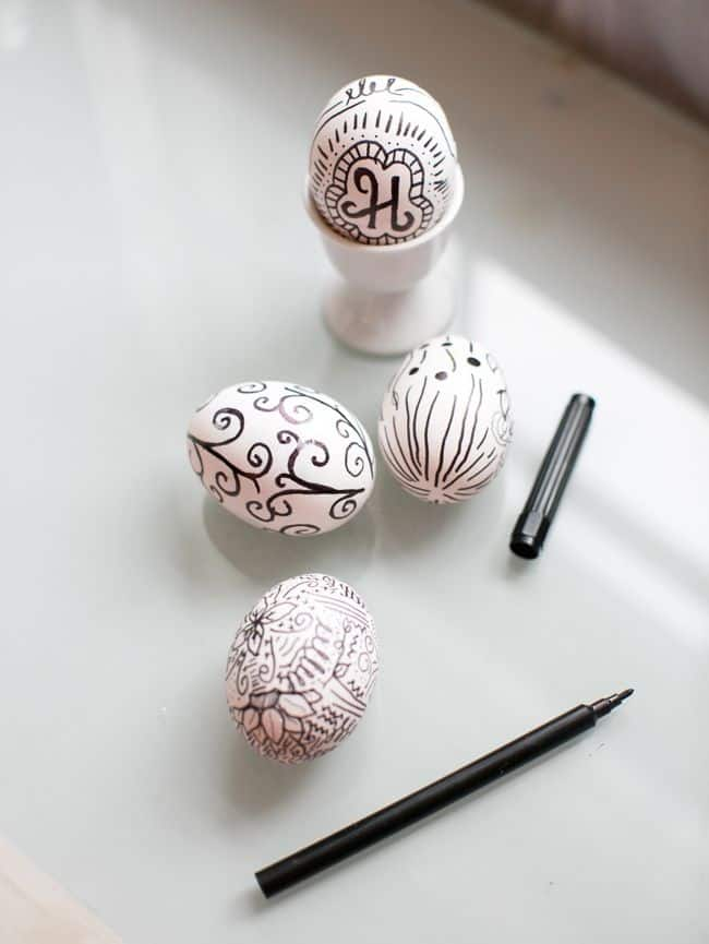 DIY Sharpie Eggs | Hello Glow