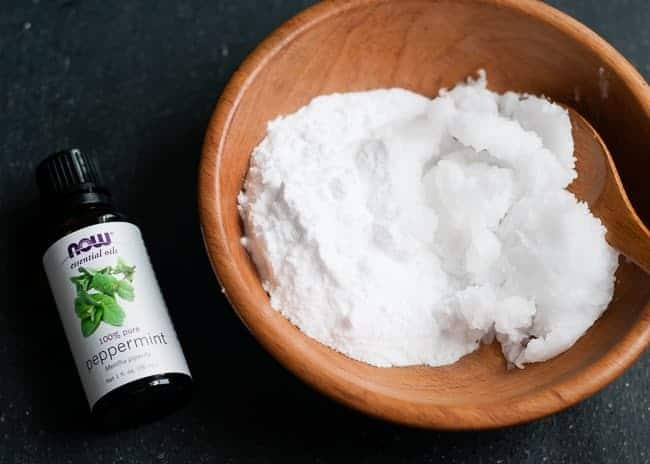 DIY natural toothpaste ingredients