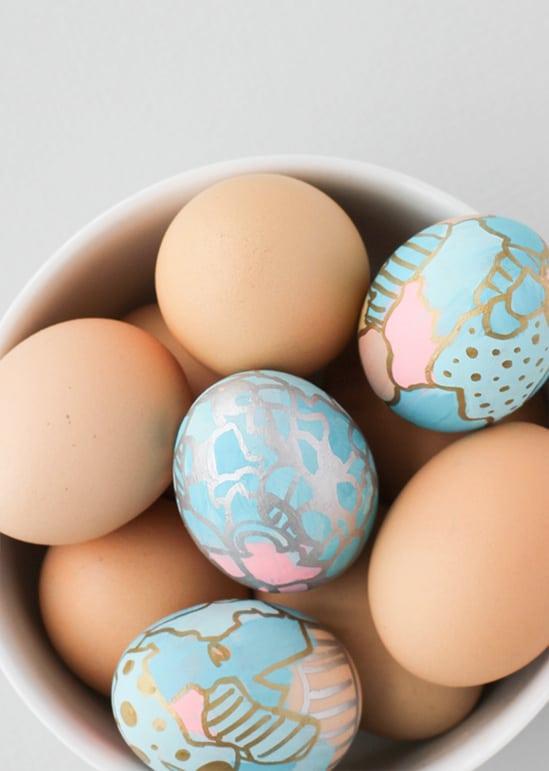 Graffiti art eggs