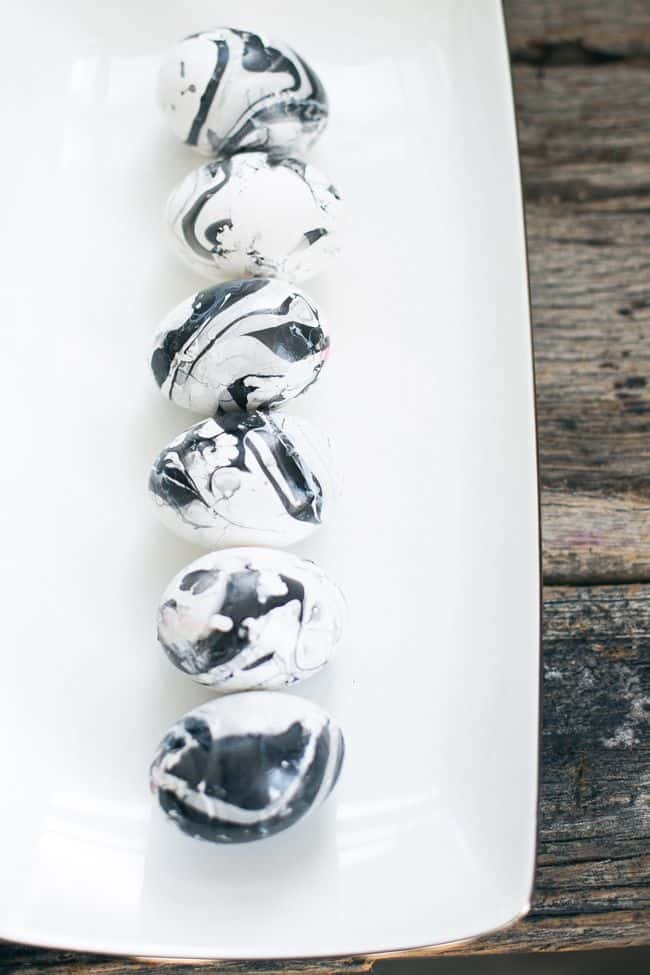 Black & White Marbled Eggs | HelloGlow.co